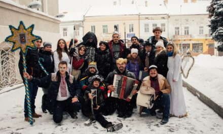 На Львівщині «Батьківщина молода» організувала благодійний вертеп