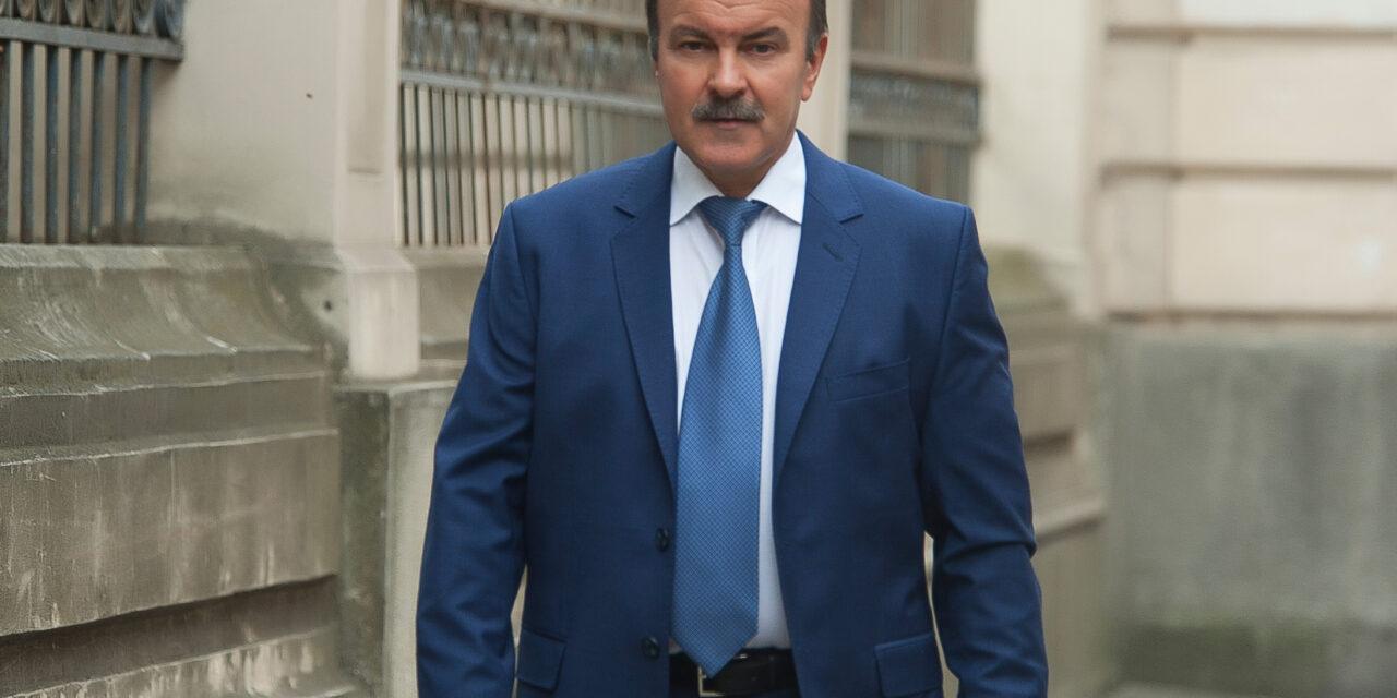Михайло Цимбалюк: «Народ ніколи не простить теперішню владу за те, що вона для управління державою залучила іноземних пройдисвітів-варягів»