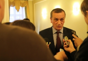 «Батьківщина» Львівщини заявляє про тиск влади на опозиційні сили в Україні