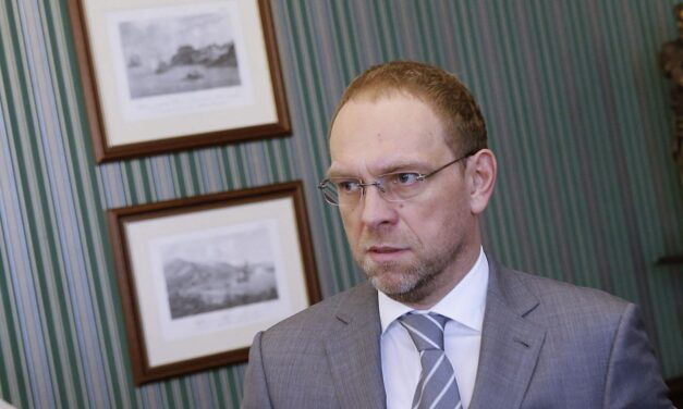 Сергій Власенко: Позачергові вибори – це інструмент для зміни антиукраїнської політики влади