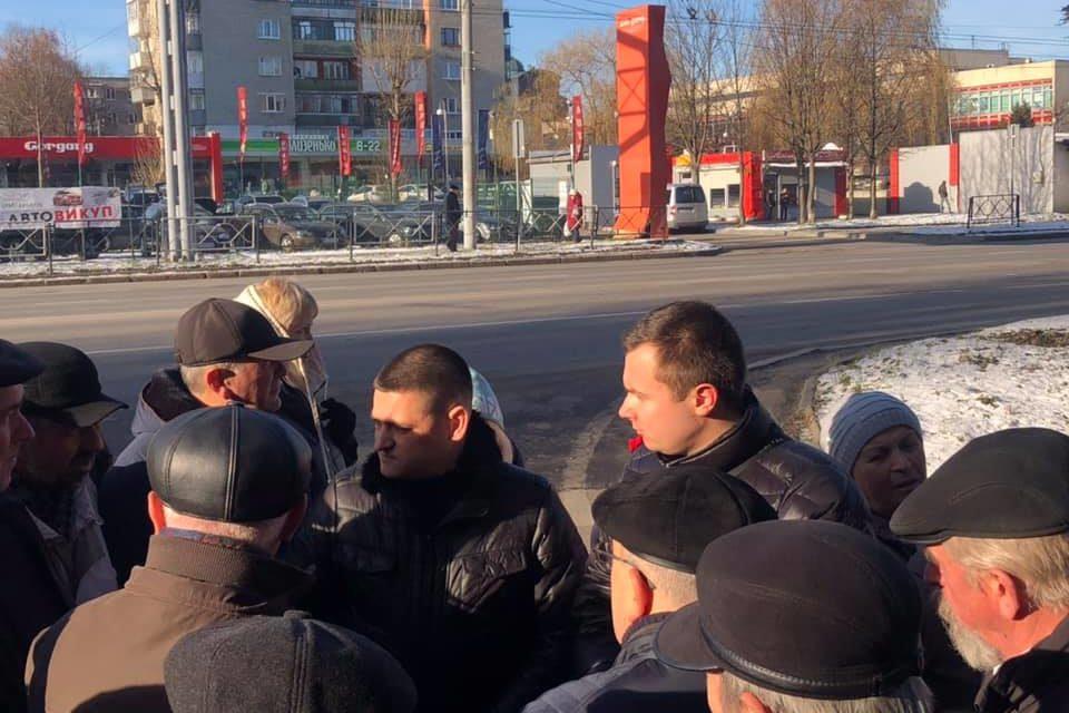 «Батьківщинівці» Львова вирішують проблеми місцевого автобусного заводу