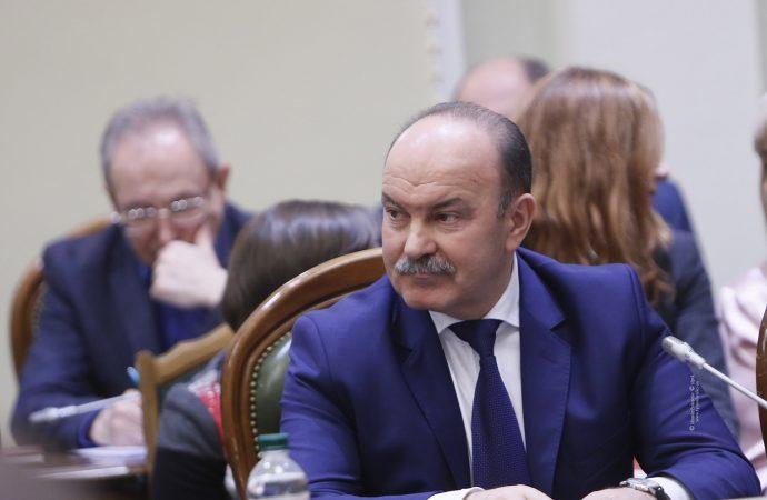 Михайло Цимбалюк: Про чию потенційну вигоду піклується президент України?