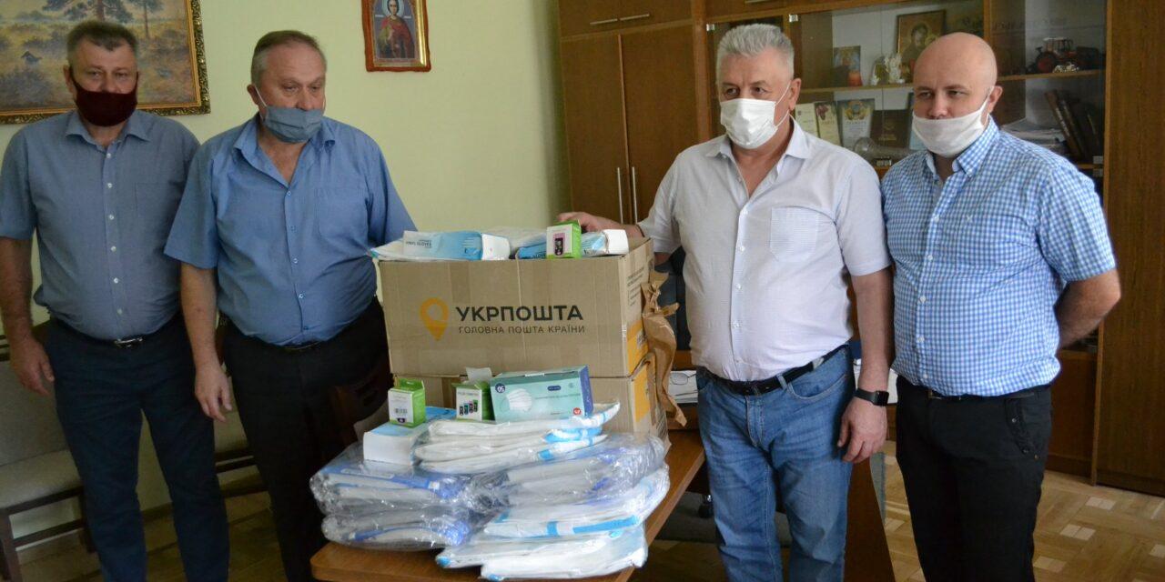 Михайло Цимбалюк передав медичні засоби для Сокальської лікарні
