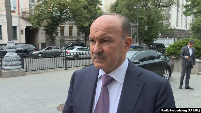 Михайло Цимбалюк: Необхідно перевірити забезпечення Збройних сил України