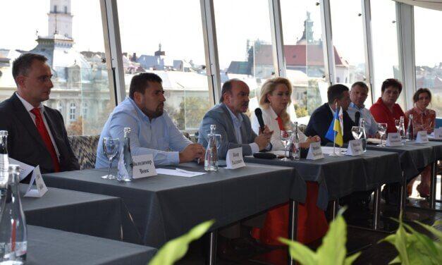Михайло Цимбалюк презентував кандидатів від «Батьківщини» до Львівської міської ради