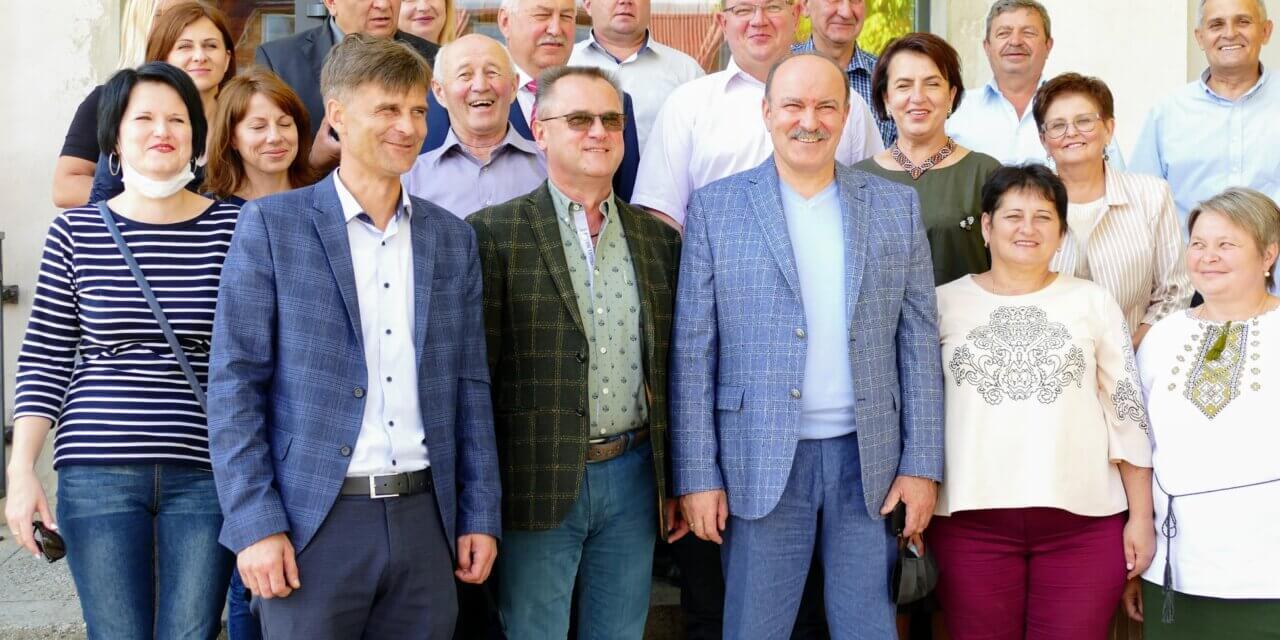 Михайло Цимбалюк зустрівся з представниками Золочівського району