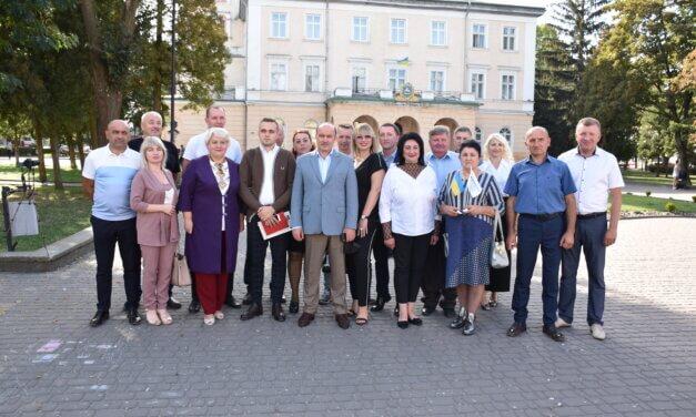 Михайло Цимбалюк представив кандидатів від «Батьківщини» у Самбірському районі