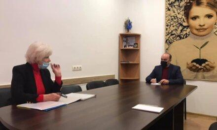 Михайло Цимбалюк обговорив проблеми переселенців-чорнобильців