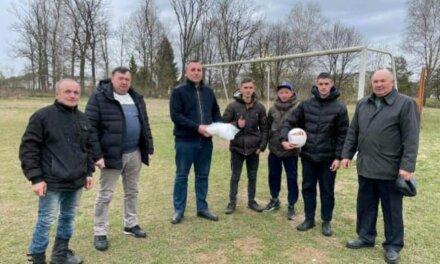 Місцеві депутати від «Батьківщини» підтримують спорт у громадах