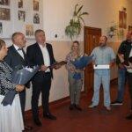 Іван Стецькович привітав керівника Терновицької школи
